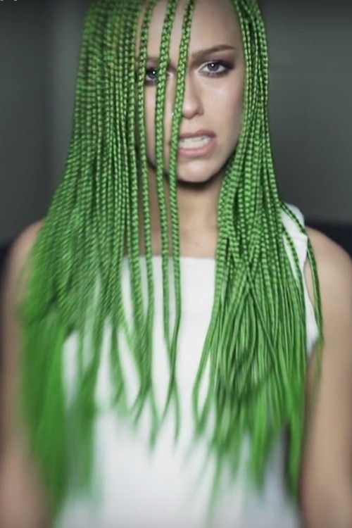 Jenna Mcdougall Straight Green Angled Mini Braids Uneven