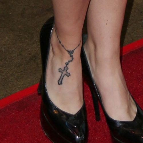 Renee Olstead Cross Jewelry Rosary Foot Tattoo Steal Her Style