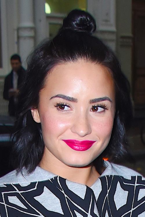 Demi Lovato Wavy Black Bob Bun Half Up Half Down