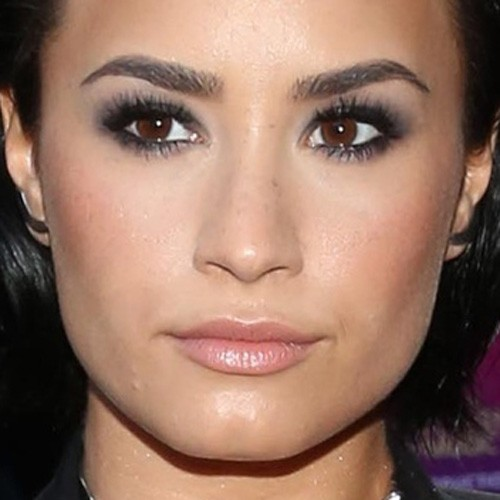 Demi Lovato Makeup Tutorial 2016