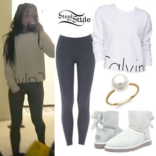 Gabriella DeMartino: Calvin Sweatshirt Outfit