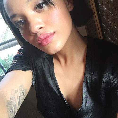kiersey clemons height