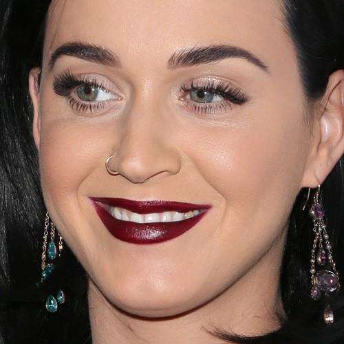Katy Perry Makeup: Bei... Kim Kardashian Makeup Line