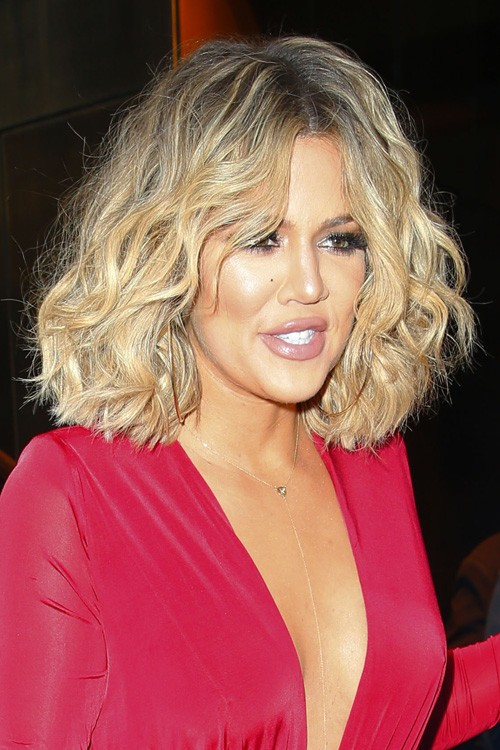 Khloe Kardashians Hairstyles Hair Colors Steal Her Style