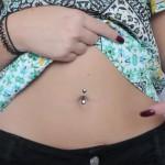 maddi-bragg-belly-button-piercing