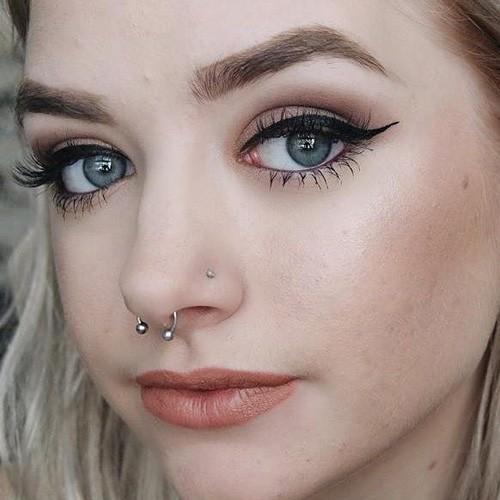 26 celebrity septum piercings steal her style. Black Bedroom Furniture Sets. Home Design Ideas