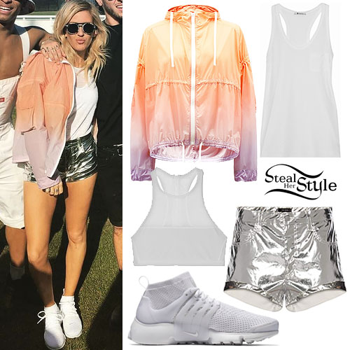 Ellie Goulding: Coachella Day 1 Outfit