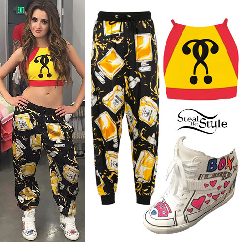 25953d335d19 Laura Marano   Boombox  Music Video Outfit