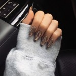 madison-beer-nails-11