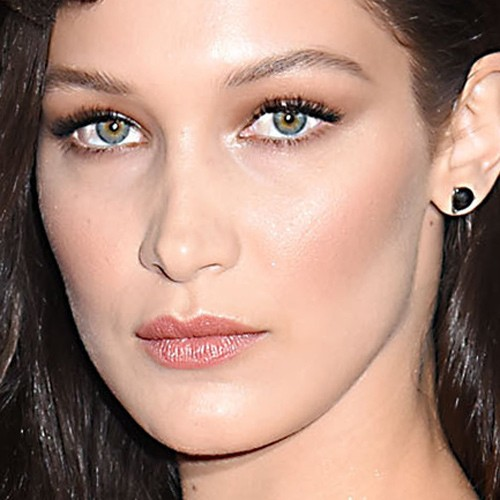 Bella hadid makeup black eyeshadow brown eyeshadow eyeshadow amp nude