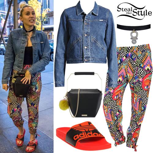 Miley Cyrus leaving Bethenny Frankel in New York City. June 14th, 2016 - photo: FameFlynet