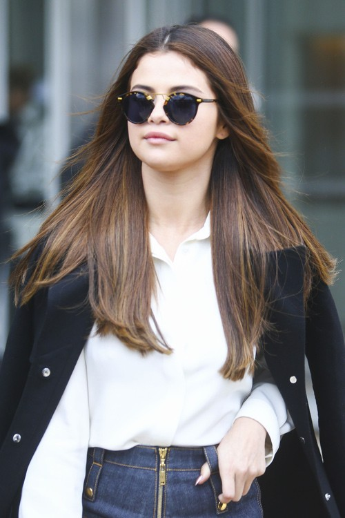 Selena Gomez Straight Dark Brown All Over Highlights Angled Hairstyle