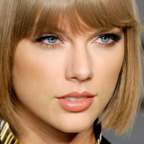 Taylor Swift Makeup: Black Eyeshadow, Silver Eyeshadow Eyeshadow ... Taylor Swift
