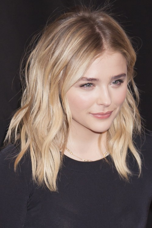Chloe Moretz S Hairstyles Amp Hair Colors Steal Her Style