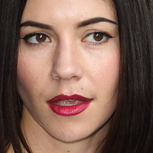 Marina Diamandis Makeup Black Eyeshadow Nude Eyeshadow
