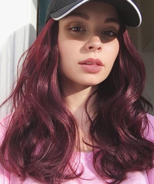 Nina Nesbitt S Hairstyles Amp Hair Colors Steal Her Style