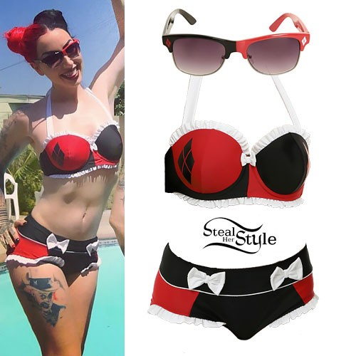 Ash Costello: Harley Quinn Bikini