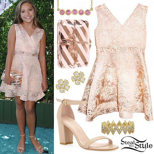 Mackenzie Ziegler: 2016 Teen Choice Awards Outfit