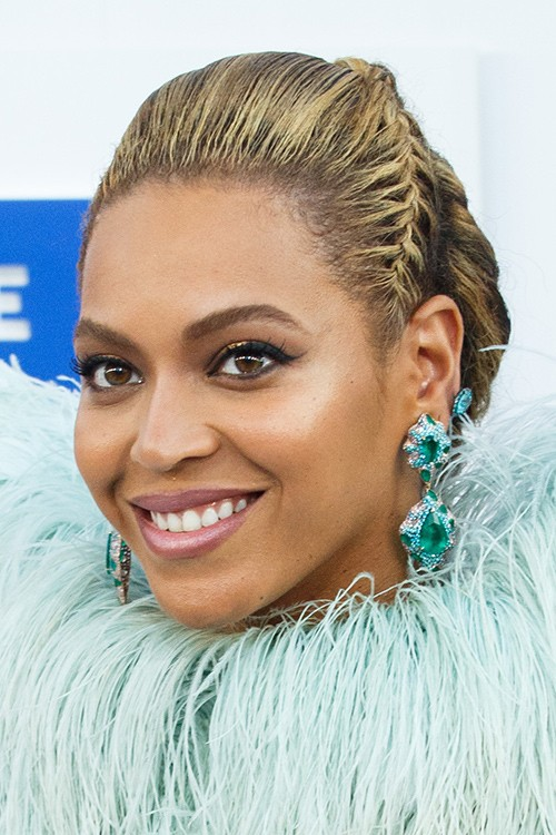 Beyonc Straight Medium Brown All Over Highlights French Braid