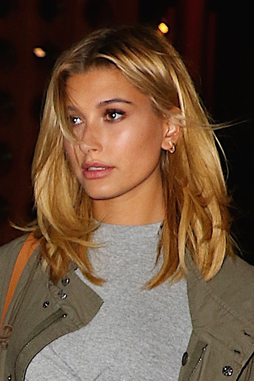 Hailey Baldwin Straight Honey Blonde Bob Dark Roots