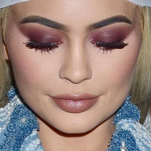 kylie cosmetics - photo #17