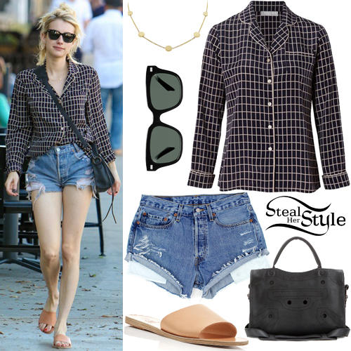 Emma Roberts out and about in Beverly Hills. October 22th, 2016 - photo: AKM-GSI