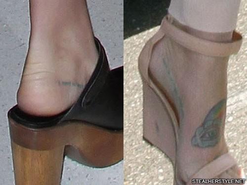 kesha-blue-foot-tattoo