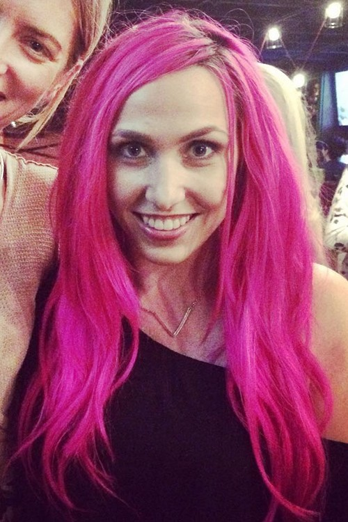 Ariel Bloomer S Hairstyles Amp Hair Colors Steal Her Style