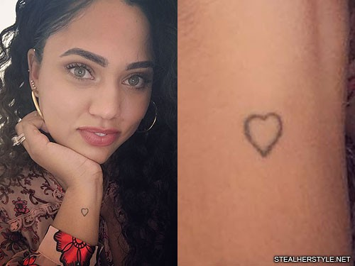Ayesha curry 39 s 6 tattoos meanings steal her style for Steph curry new tattoo
