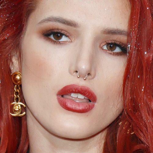 Bella Thorne Makeup Black Eyeshadow Bronze Eyeshadow