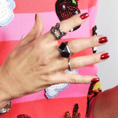gwen stefanis nail polish amp nail art steal her style