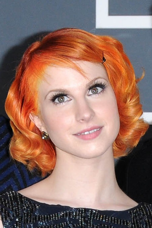 Hayley Williams Wavy Orange Inward Curl, Retro, Sideswept ...