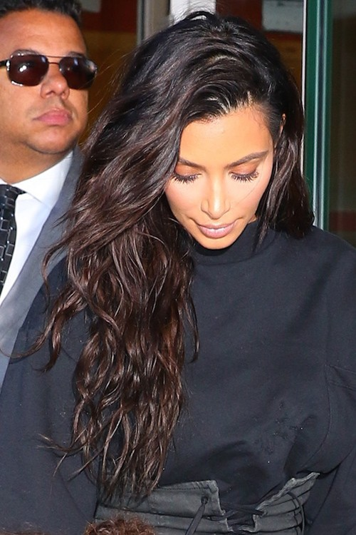 Kim Kardashian Wavy Dark Brown Long Layers Loose Waves Side Part