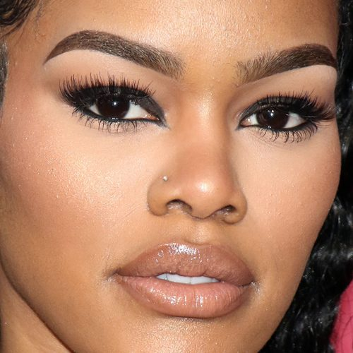 Teyana taylor nose nostril piercing steal her style for Teyana taylor tattoos
