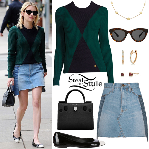 Emma Roberts shopping in Beverly Hills. December 21, 2016 - photo: FameFlynet