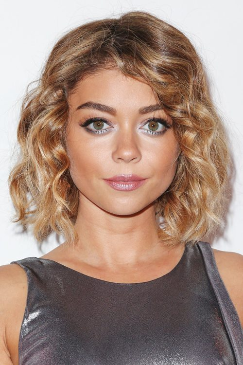 Vaak Sarah Hyland's Hairstyles & Hair Colors | Steal Her Style PH15