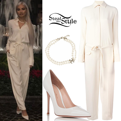 0c4531bdbf0fd Pia Mia: White Jumpsuit, Pointed Pumps | Steal Her Style
