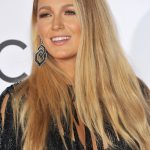 Blake Lively Wavy Light Brown Side Part, Two-Tone Hairstyle | Steal ...