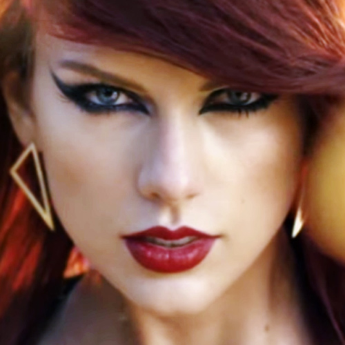 Taylor Swift Makeup Black Eyeshadow Amp Red Lipstick