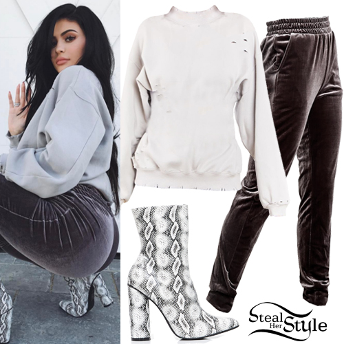 Kylie Jenner Outfits 2017 Pictures to Pin on Pinterest ...