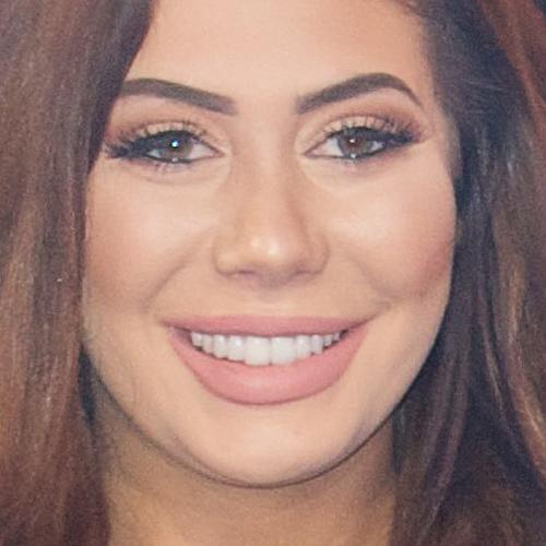 Chloe Lukasiak Makeup: Beige Eyeshadow, Black Eyeshadow