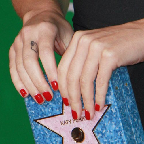 Katy Perrys Nail Polish Nail Art Steal Her Style