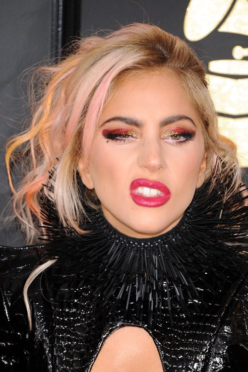 Lady Gaga's Hairstyles & Hair Colors | Steal Her Style Lady Gaga