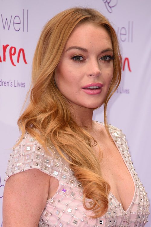 Lindsay Lohans Hairstyles Hair Colors Steal Her Style