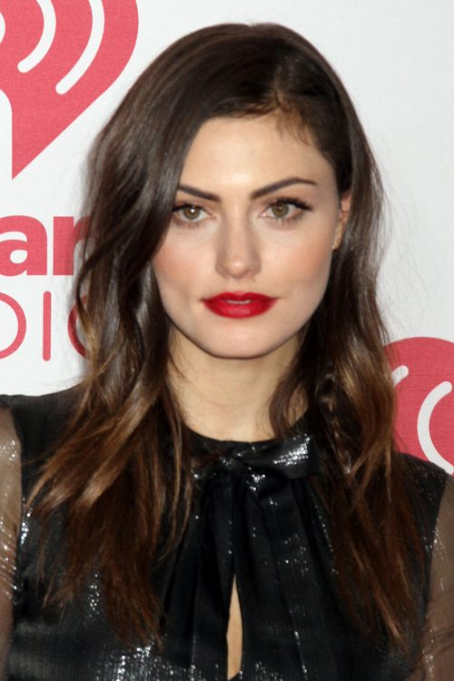 Phoebe Tonkin Clothes ...