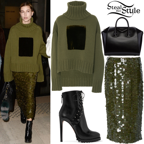 Hailey Baldwin Clothes Amp Outfits Steal Her Style
