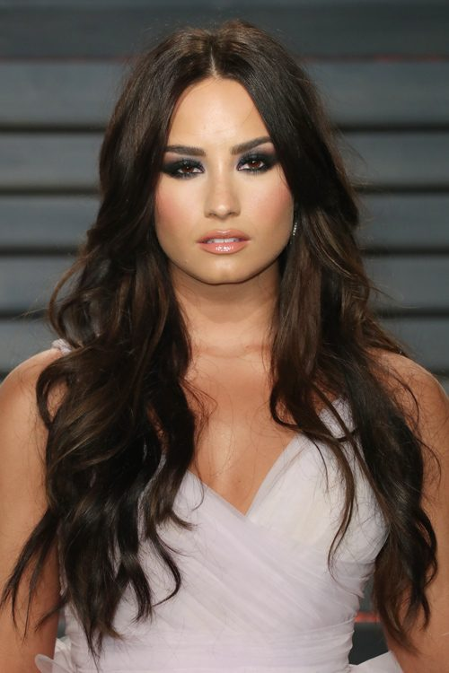 Demi Lovato's Hairstyles & Hair Colors | Steal Her Style ...