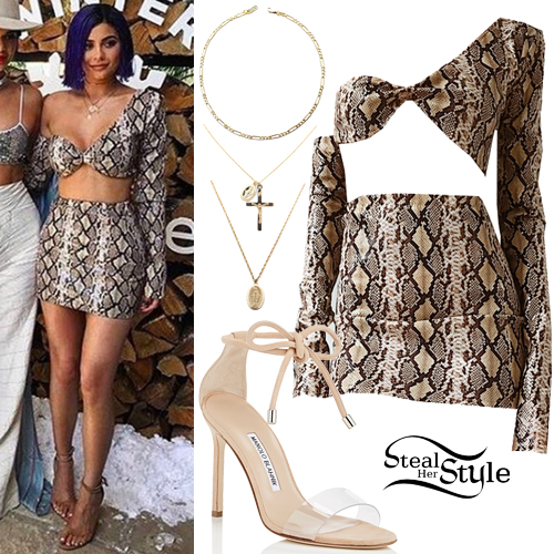 Kylie Jenner 2017 Coachella Day 2 Outfit | Steal Her Style