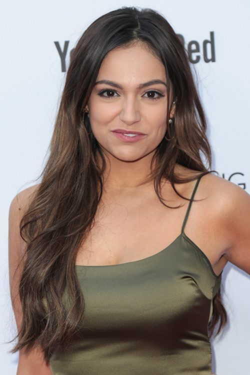 Bethany Mota S Hairstyles Amp Hair Colors Steal Her Style