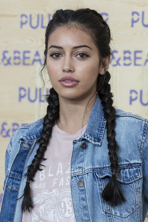 Cindy Kimberly Is Now A Model After Justin Bieber Became: Cindy Kimberly Straight Black Pigtail Braids Hairstyle